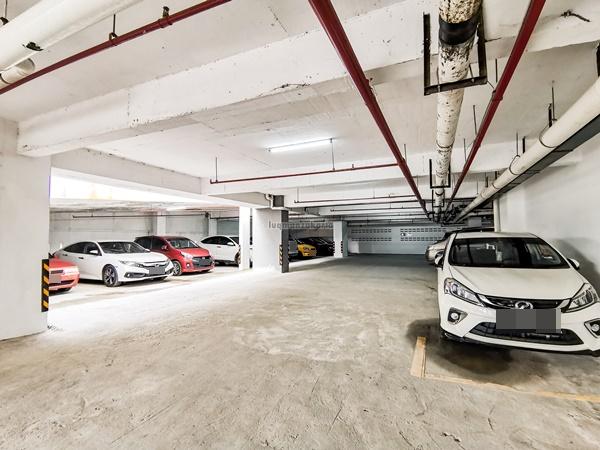 Parking di Hotel kota Bharu