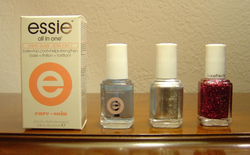Beyond Her Blush Box December 2015 Essie polishes