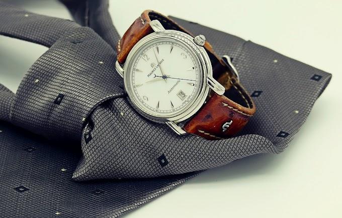 Cómo combinar una corbata con un reloj