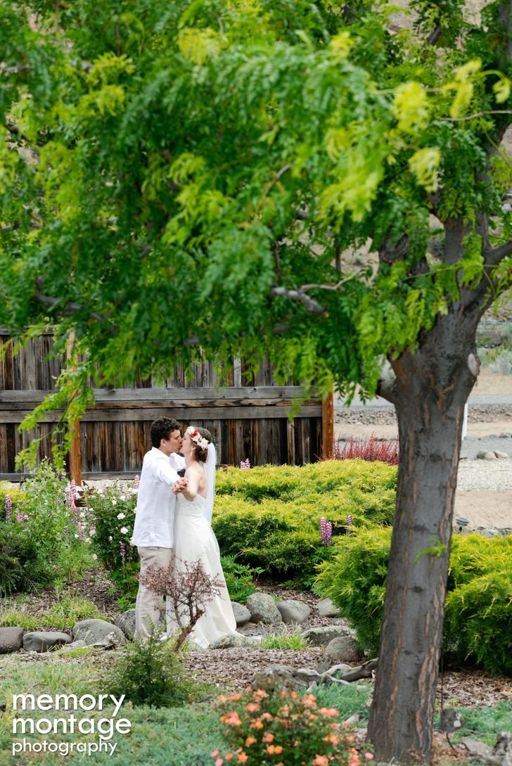 Yakima Wedding Photography at the American Homestead || Sarah + Jaime