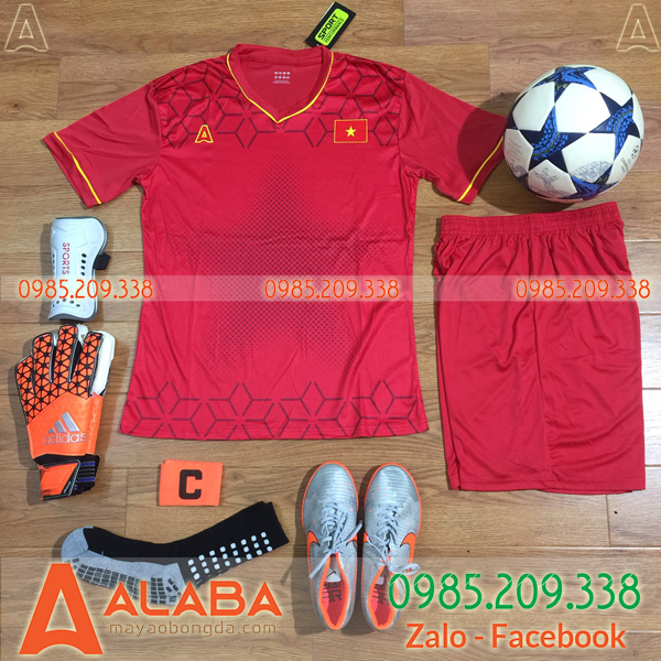 Áo training đội tuyển Việt Nam màu đỏ