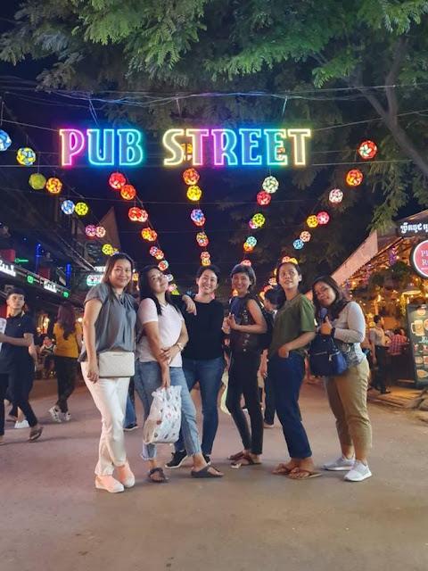 Pub Street Pusat Hiburan Malam di Siem Reap Kamboja