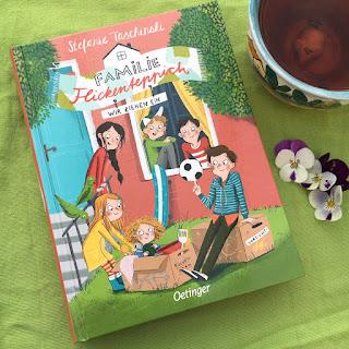 """Kinderbuch """"Familie Flickenteppich: Wir ziehen ein"""" von Stefanie Taschinski, mit Bildern von Anne-Kathrin Behl, erschienen im Oetinger Verlag, Rezension Kinderbuchblog Familienbuecherei"""
