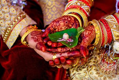 #Wedding एक विवाह(Wedding) ऐसा भी : ना बाराती ना ढोल-नगाड़े, सिर्फ 17 मिनट में शादी