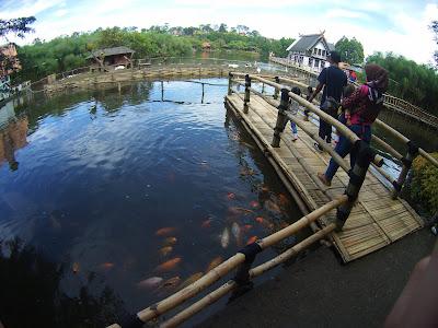 FLOATING MARKET LEMBANG BANDUNG Wisata Kuliner Paling OKE