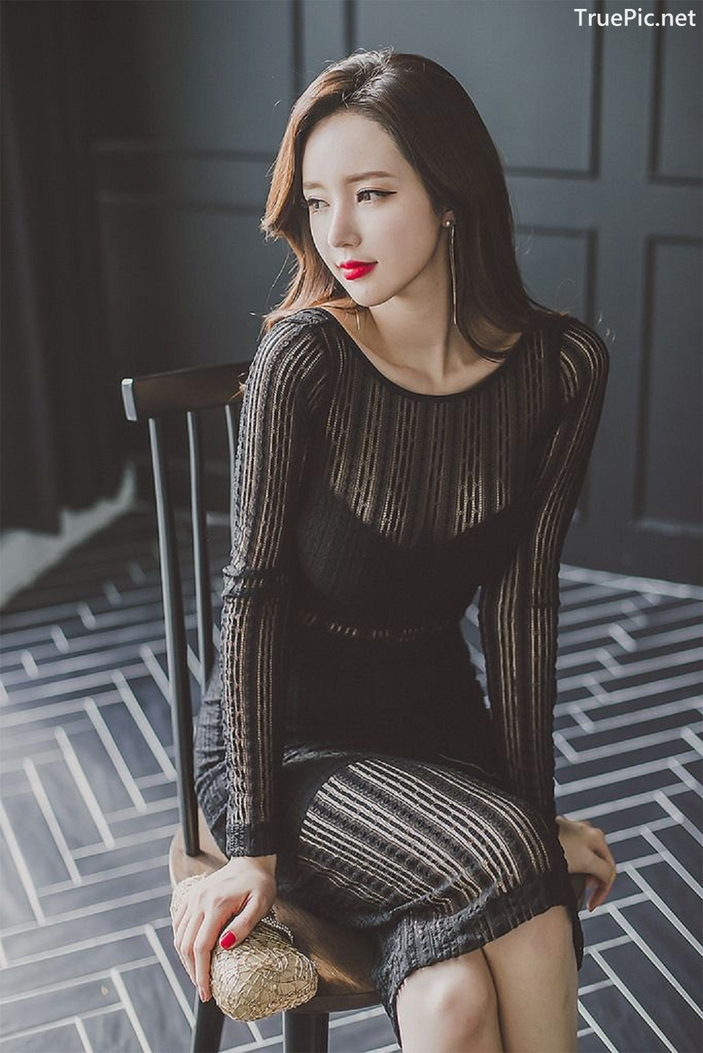 Image-Lee-Yeon-Jeong-Indoor-Photoshoot-Collection-Korean-fashion-model-Part-14-TruePic.net- Picture-1