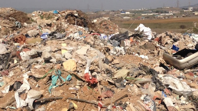 Μένουν στην Πελοπόννησο με τα... σκουπίδια στο χέρι;