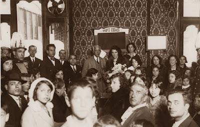 El Presidente Francesc Macià, de visita en un club de ajedrez en 1931