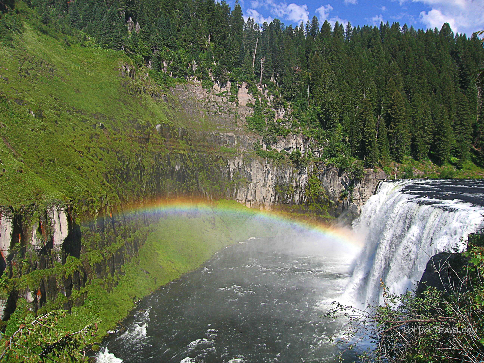 mesa falls island park yellowstone idaho geology travel fieldtrip rocdoctravel.com