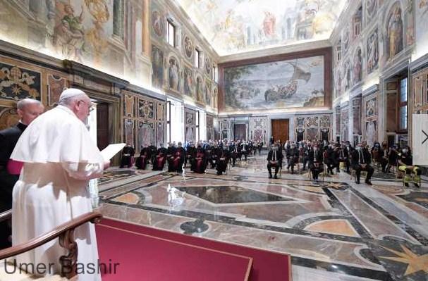 The Pope's virus kills Italian doctors, sees nurses as heroes in the Vatican