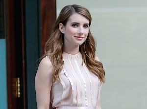 Emma Roberts: his friends are afraid she will become the next Lindsay Lohan!