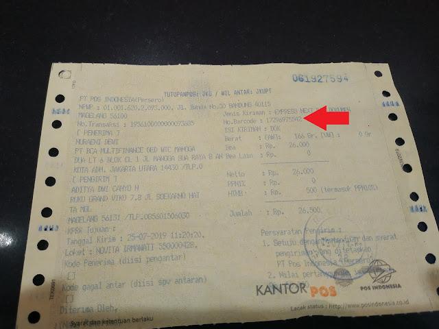 Bukti fisik resi pengiriman dokumen di PT. Pos Indonesia