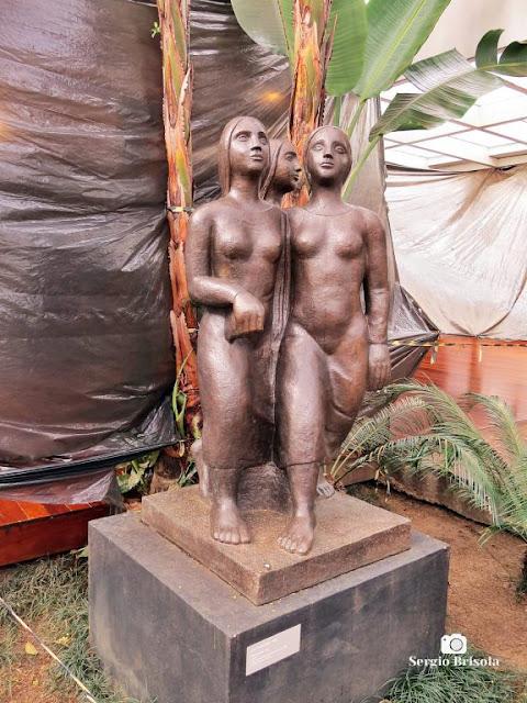 Close-up da réplica da Escultura Três Jovens - Museu Lasar Segall - Vila Mariana - São Paulo