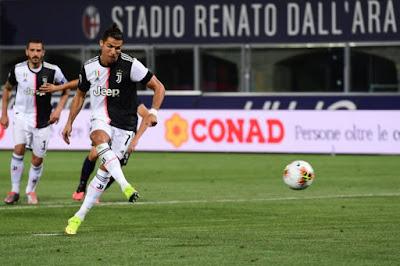 Ronaldo quên nỗi buồn mất cúp, bùng nổ tái xuất Serie A cực chất