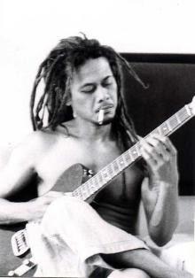 Kunci Gitar Tony Q Rastafara - Si Putih