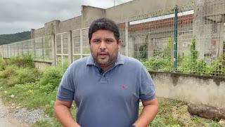 'Em Guarabira o estelionato não parou', diz Renato ao cobrar entrega de creche