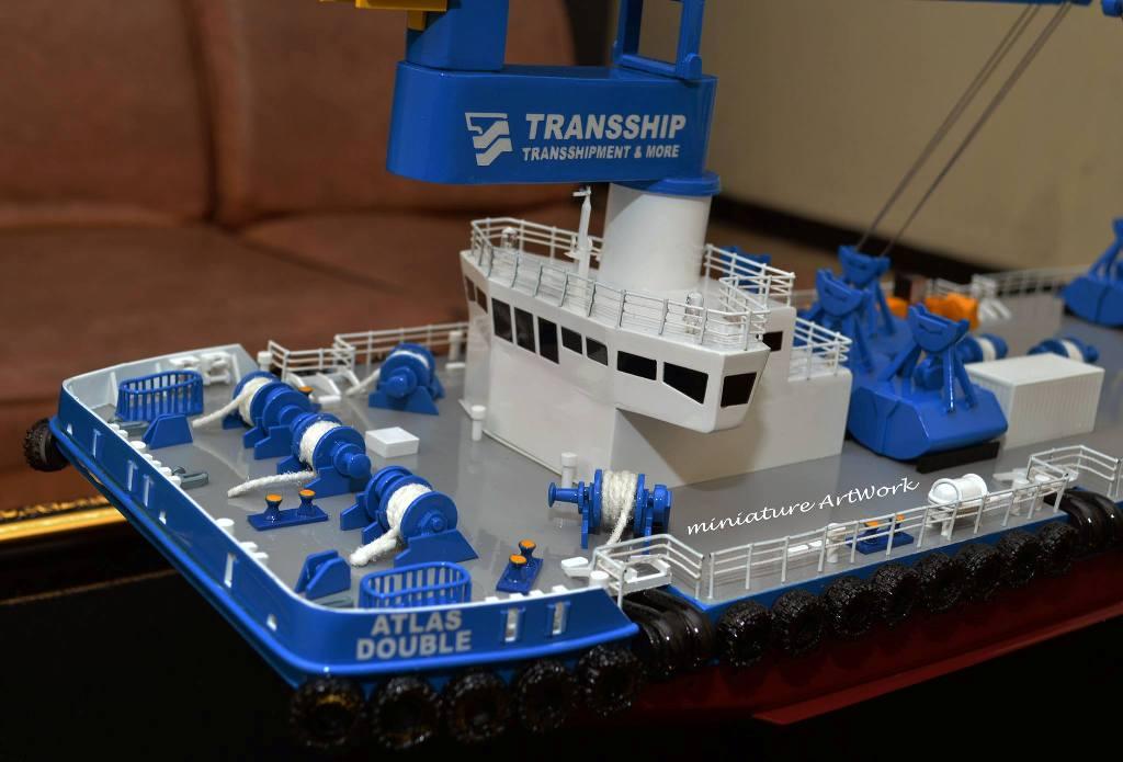jual miniatur kapal atlas double crane ship transship