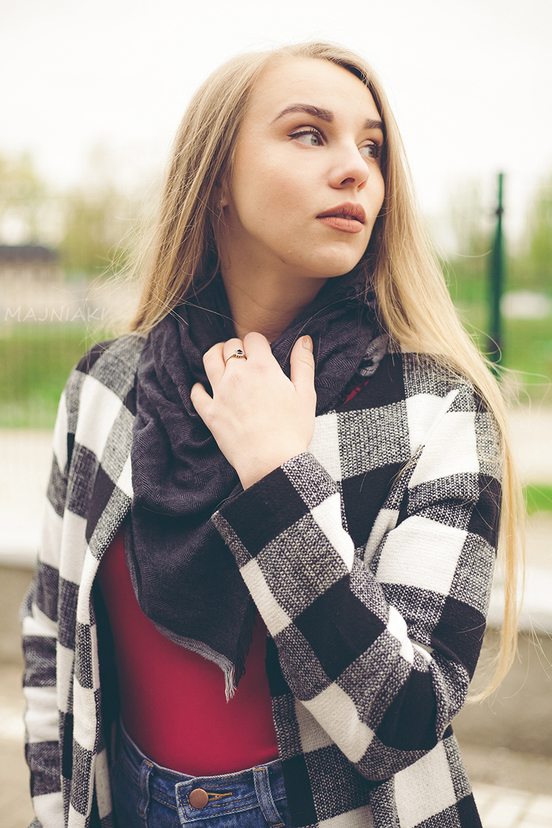 Checkered coat, black, red and white look with denim mini