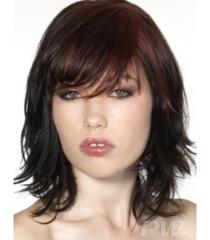 Как се прави подстрижка Каскада - прическа на пластове за средно дълга коса