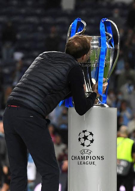 توخيل مع كأس دورى أبطال أوروبا 2021