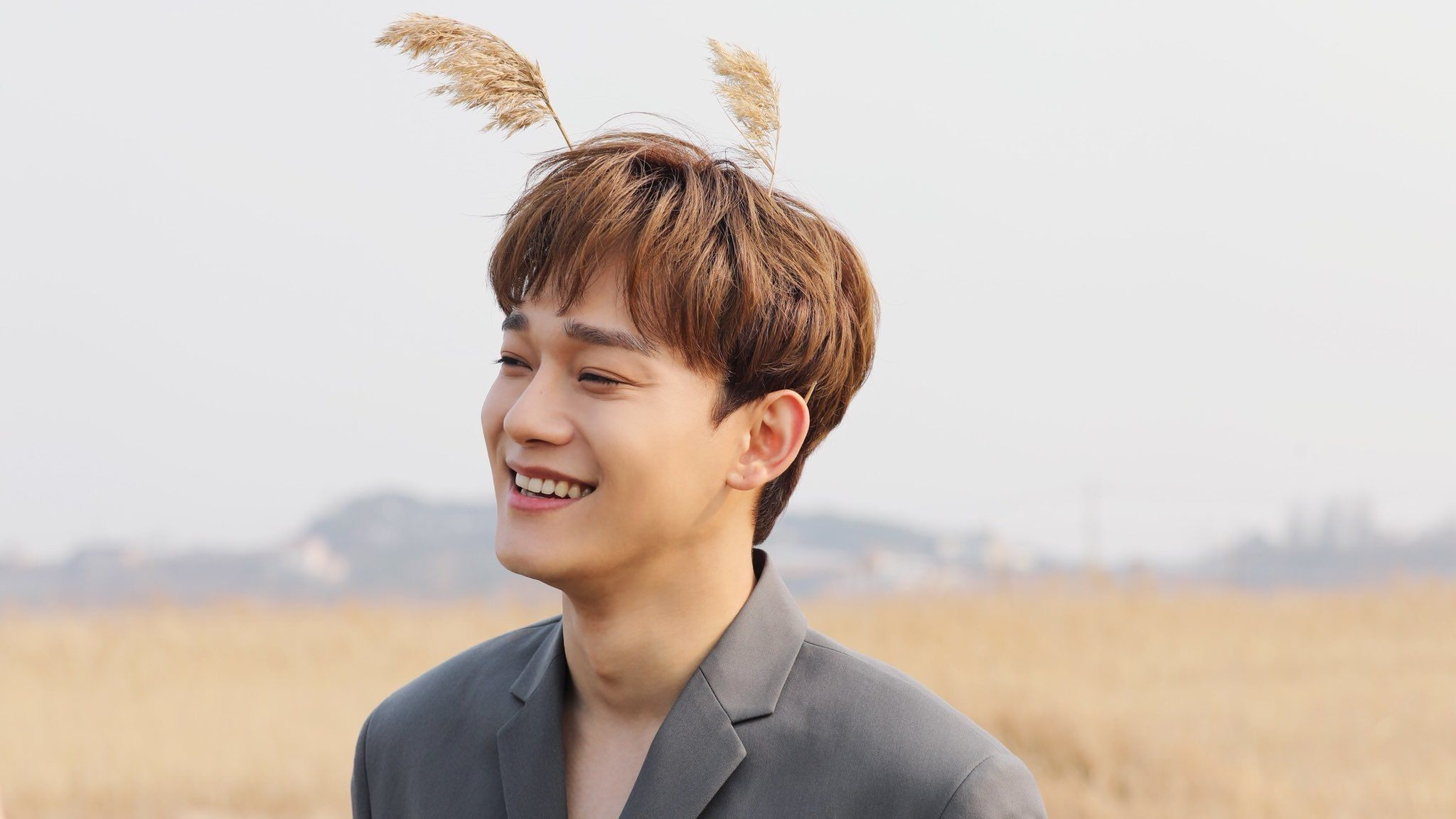 EXO's Chen Officially Enrolls For Military Conscription Today