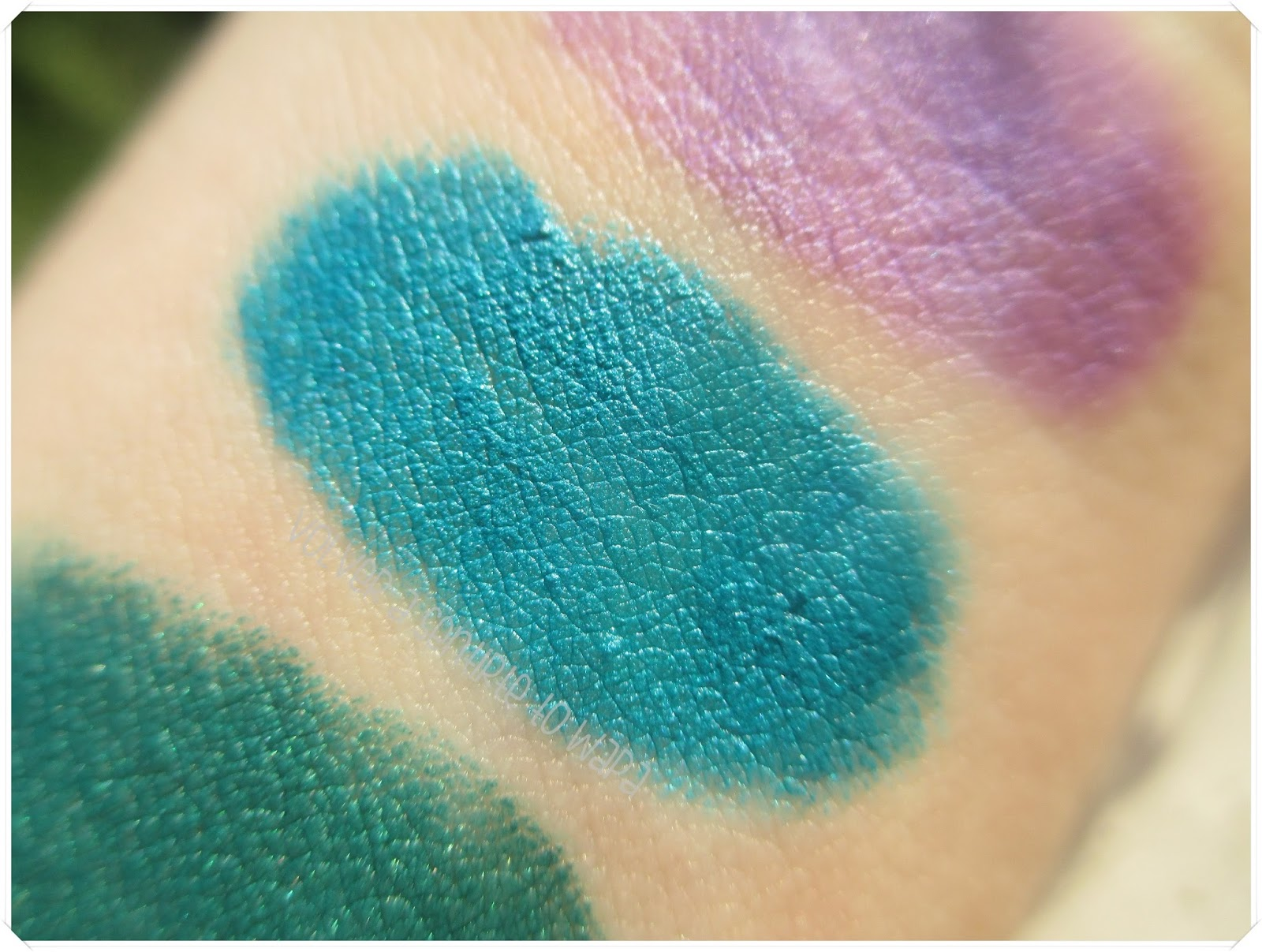 LONG LASTING de KIKO {Review & Swatches} - 11 Teal