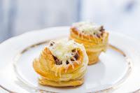 волованы, волованы десертные, волованы закусочные, выпечка, десерты праздничные, закуски праздничные, из теста, коллекция рецептов, крем заварной, пирожные, пирожные слоёные, рецепты, слойки, тесто слоеное, волованы с грибами, шампиньоны, грибы, закуски горячие, волованы горячие, закуски холодные, http://eda.parafraz.space/