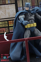 MAFEX Batman (Batman: Hush) 45