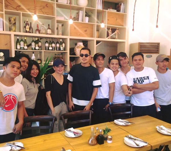 SPOTTED: Exes John Lloyd Cruz And Angelica Panganiban Dining Out In Makati! Are They Getting Back Together?