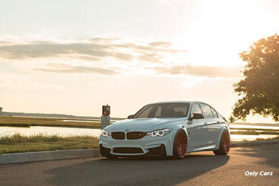 BMW M3 rebaixada branca