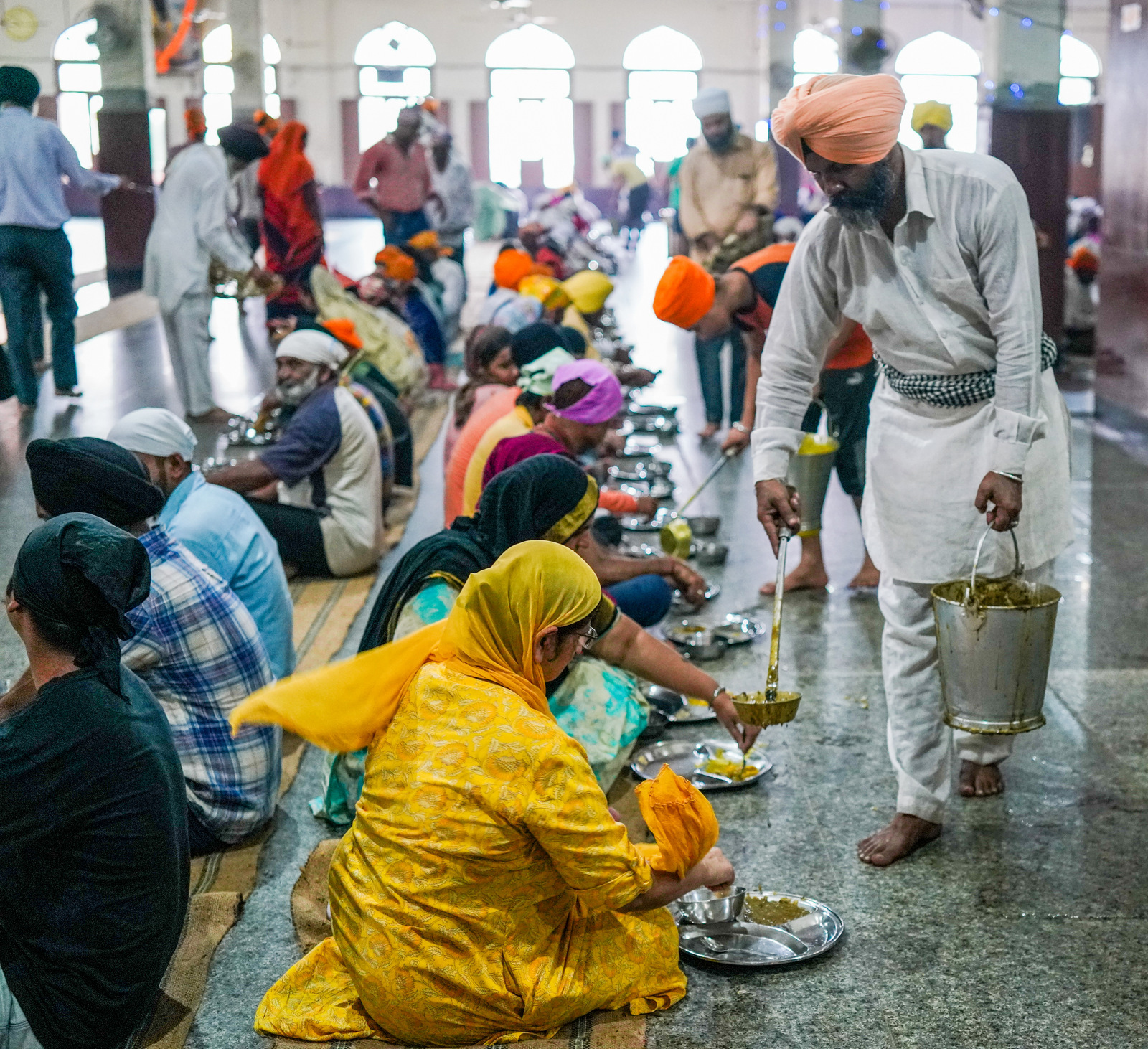 langar at the golden temple, amritsar