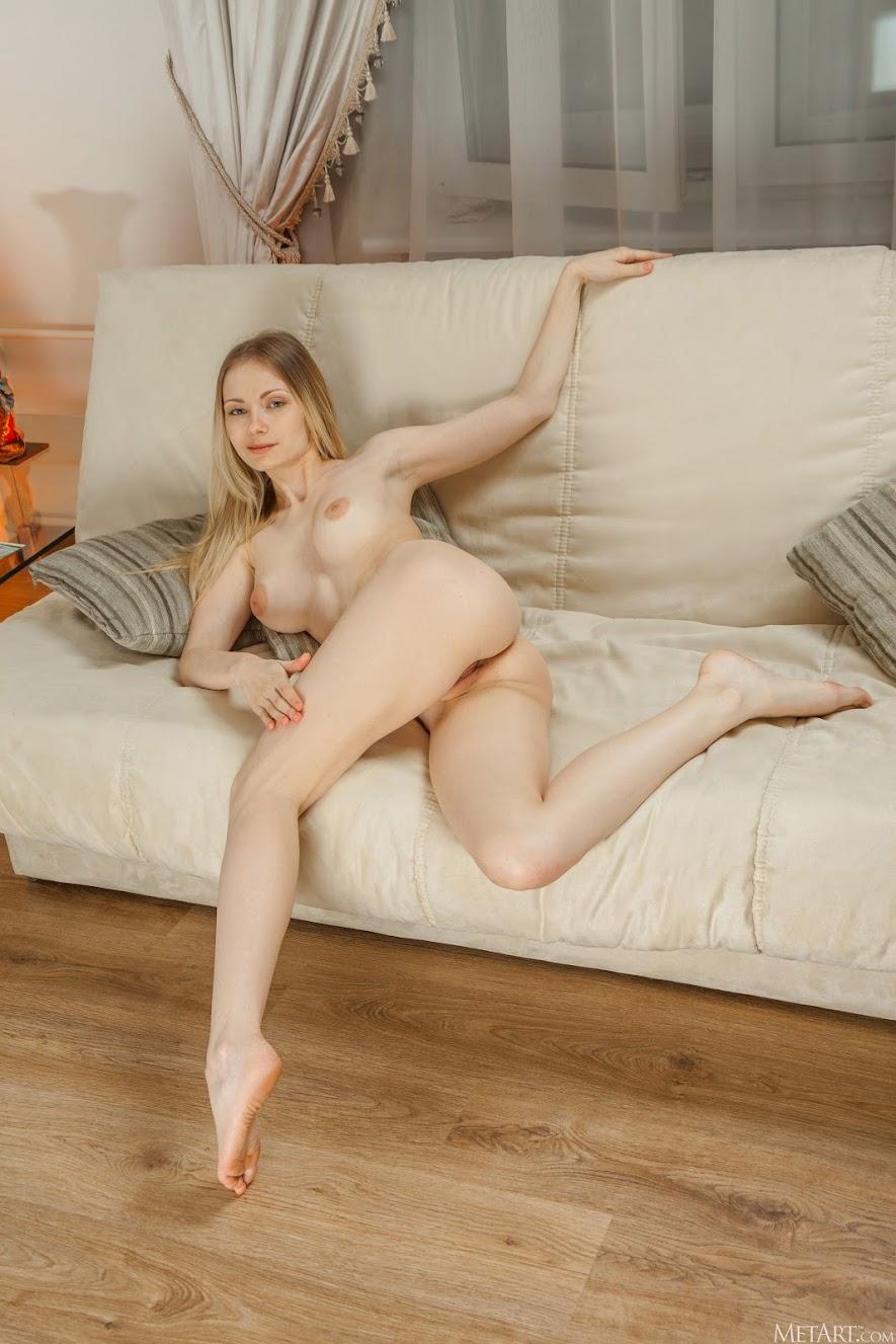 [Met-Art] Lenore - Surprise sexy girls image jav