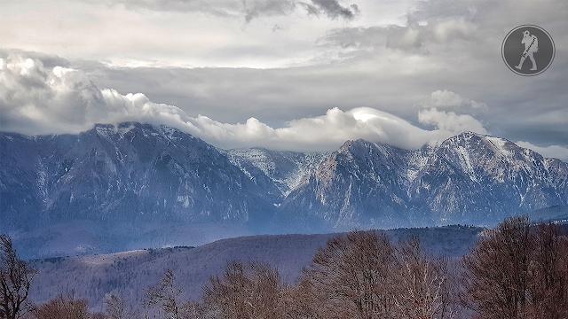Traseu în munții Baiului: Azuga, Vârful Clăbucetul Taurului, cabana Gârbova, Predeal