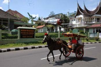 Paket Wisata Murah Pelayanan Bagus Di Wilayah Padang