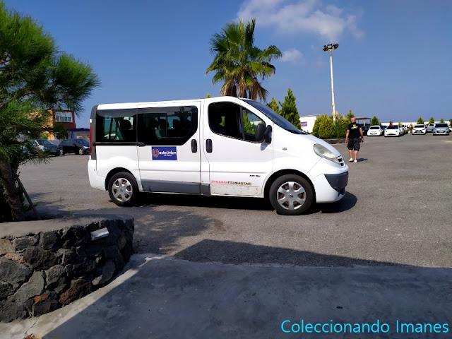 Alquiler de coche en Santorini