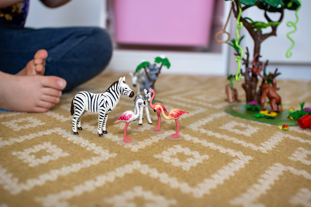 Flamingo and zebra playmobil characters