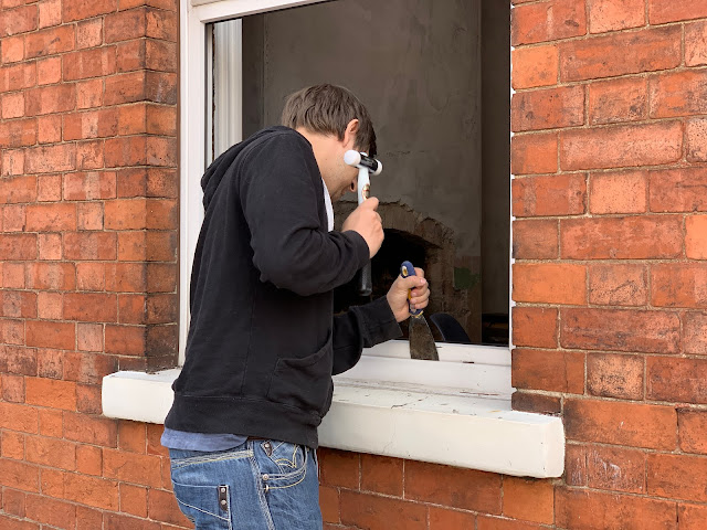 removing plastic trims around window