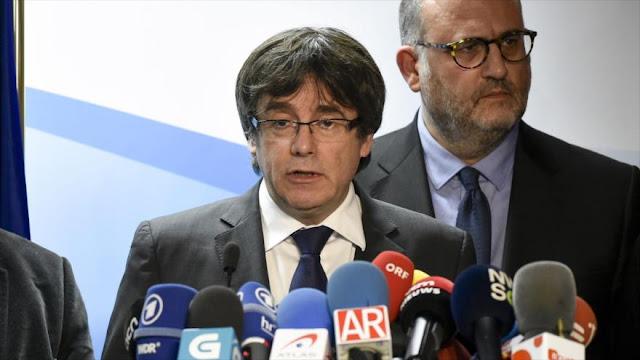 Puigdemont: Rajoy rectifica y me reúno contigo pero no en España