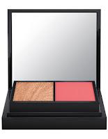 http://www.maccosmetics.hu/product/13845/46220/termekek/smink/arc/palettak/full-face-kit-moons-of-saturn