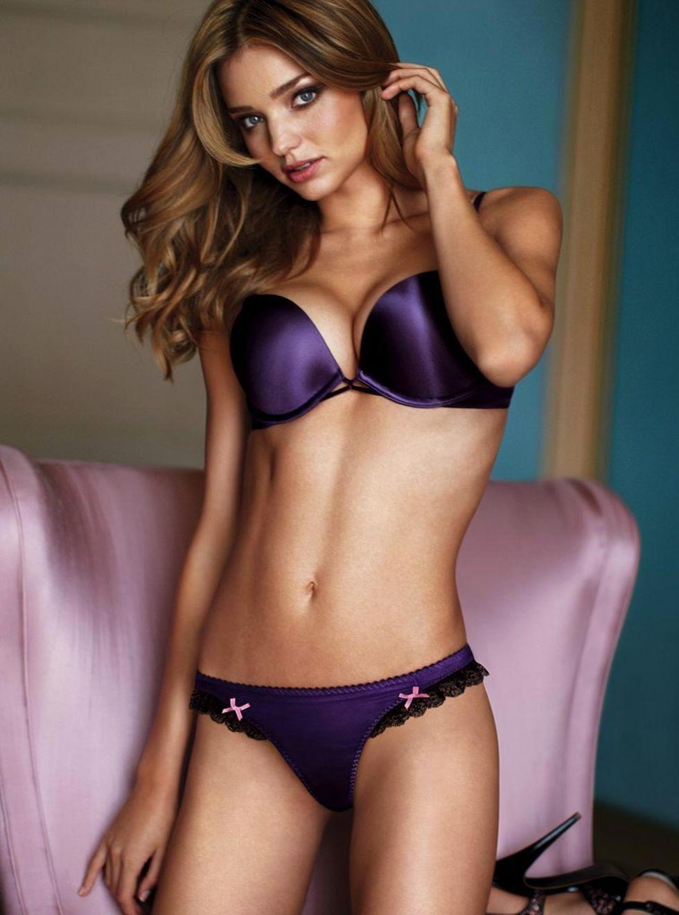 Victoria's Secret Fallen Angel Miranda Kerr | Global Buzz USA