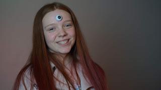 Linda mit mystischem Auge