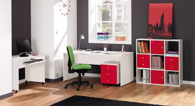 Meubles bureau à la maison