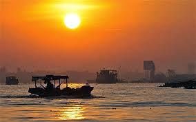 cruises on mekong river