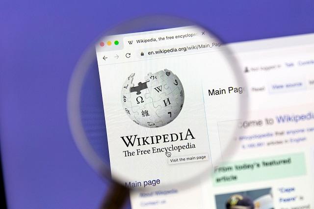 هل تستحق ويكيبيديا الثقة العمياء؟
