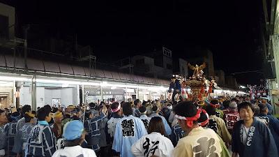 Puncak acara Maebashi Matsuri atau Danbe Matsuri di Gunma