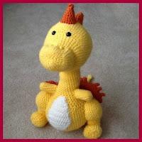 Dragón amarillo amigurumi