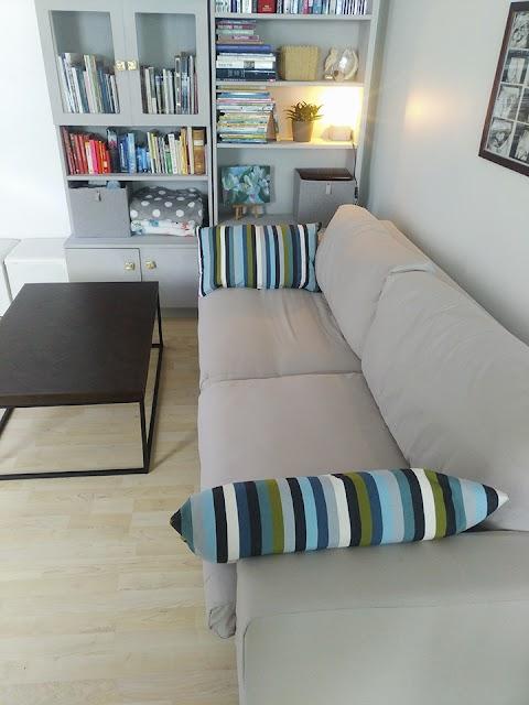 Olohuoneen muodonmuutos DIY sohvanpäällisillä