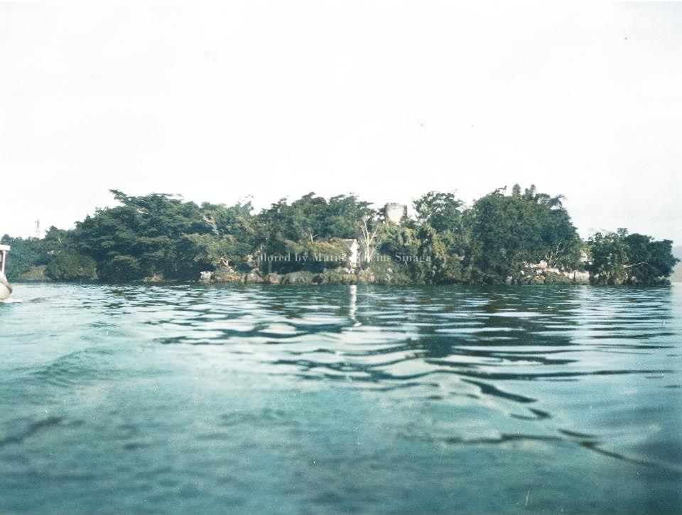 11 Foto Sejarah PULAU TAO di Danau Toba Berwarna dekat ...
