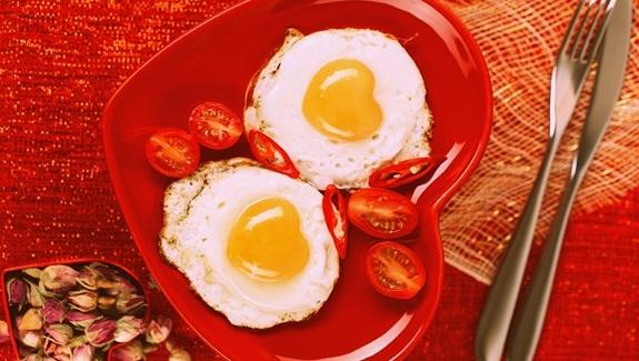 Forma saludable de comer huevos y evitar el colesterol
