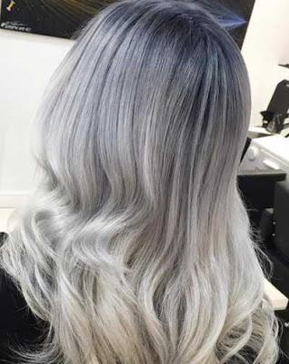 warna rambut grey dan warna silver putih